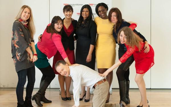 TEDxIslingtonWomen-Christopher-John-Payne-crouching-600